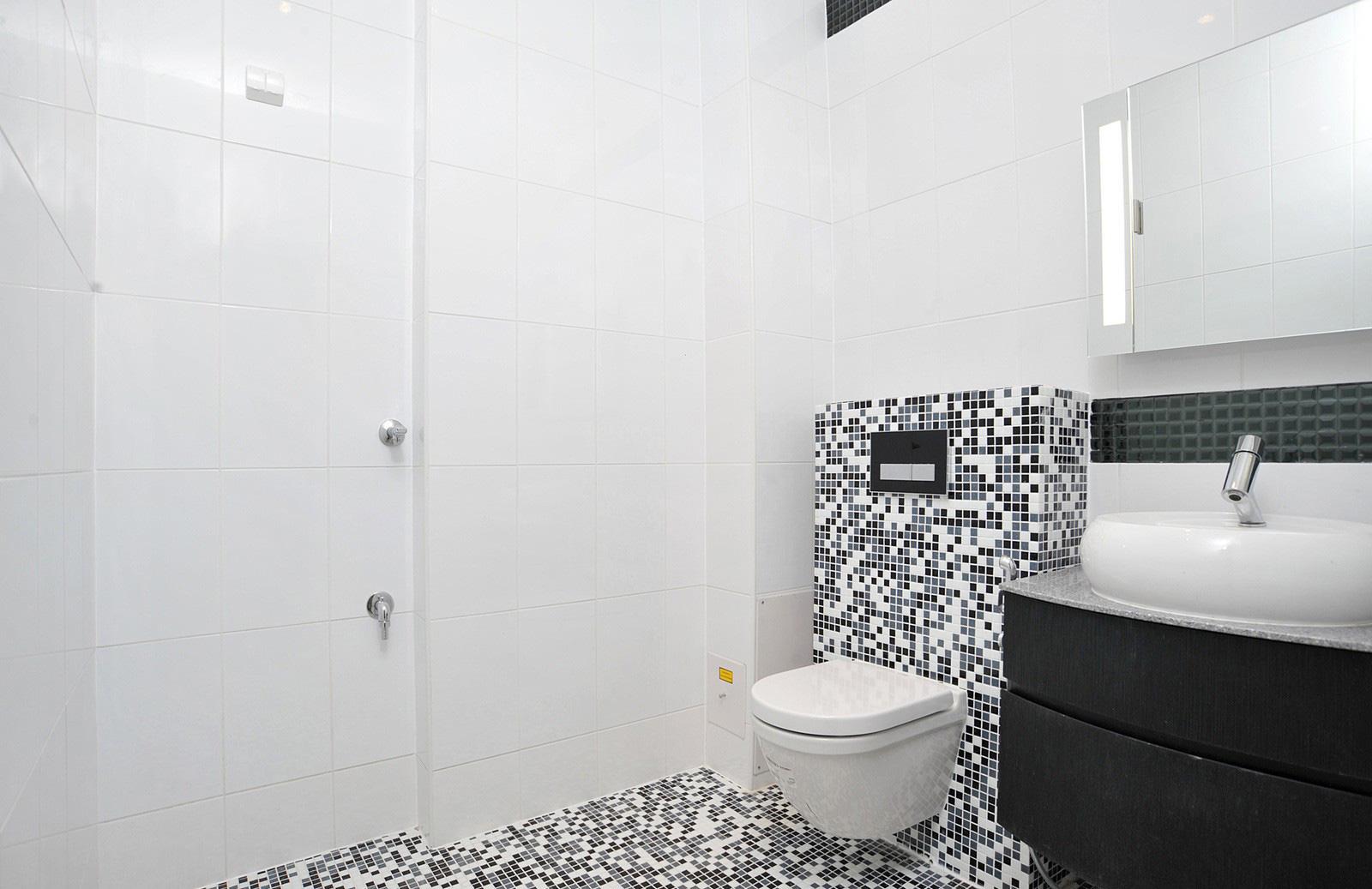 Premium asunto, Siltasaarenkärki 1, Helsinki | WC-tilat