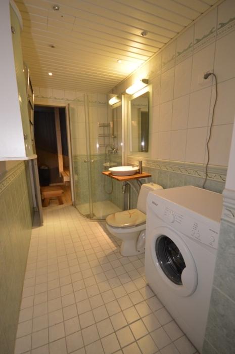 Kalustettu asunto | Kylpyhuone | Iskostie 2, Vantaa